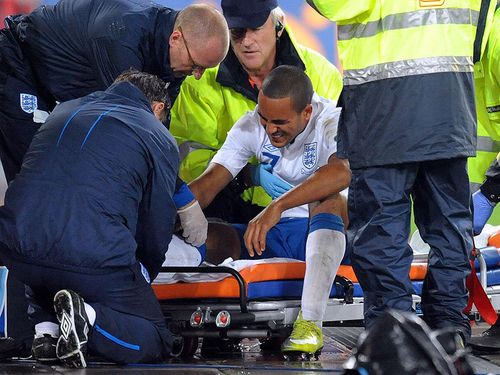 Theo-Walcott-Injury-Switzerland-England-Europ_2499557