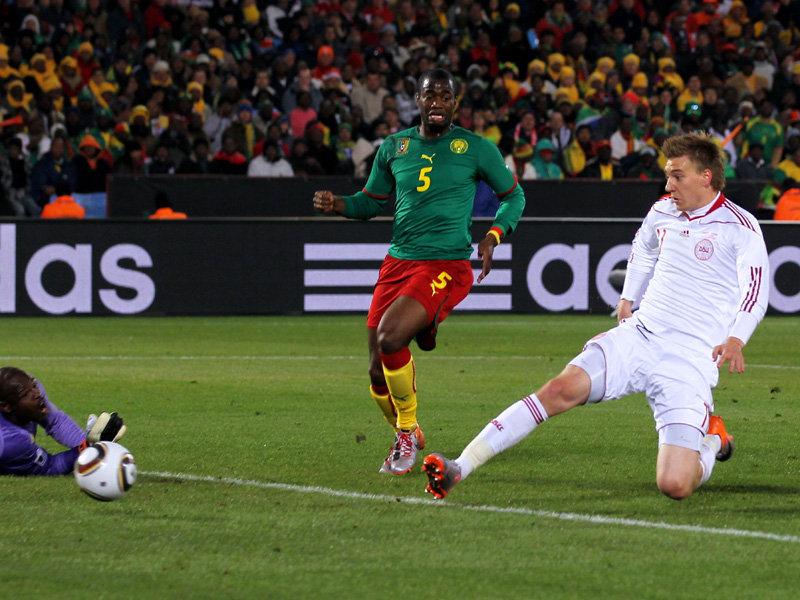 Nicklas-Bendtner-goal-Cameroon-v-Denmark_2467896