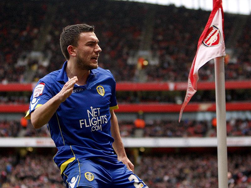 Robert-Snodgrass-Leeds-United-FA-Cup-Third-Ro_2548653