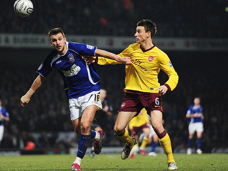 Ipswich-v-Arsenal-Tamas-Priskin-Laurent-Kosci_2550410
