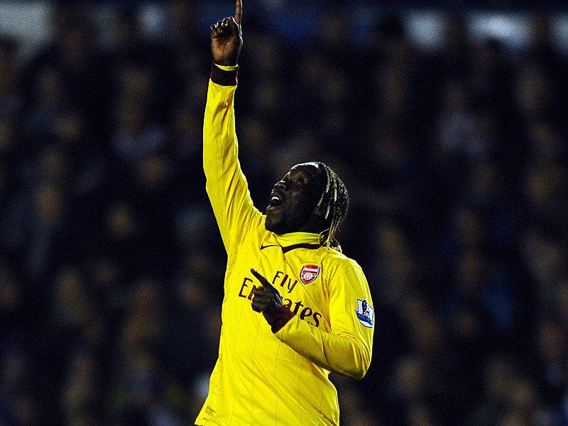 Leeds-v-Arsenal-Bacary-Sagna-Celeb-Goal_2553094