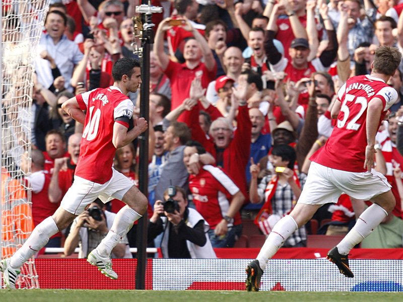 Arsenal-v-Liverpool-Robin-van-Persie-goal_2586955
