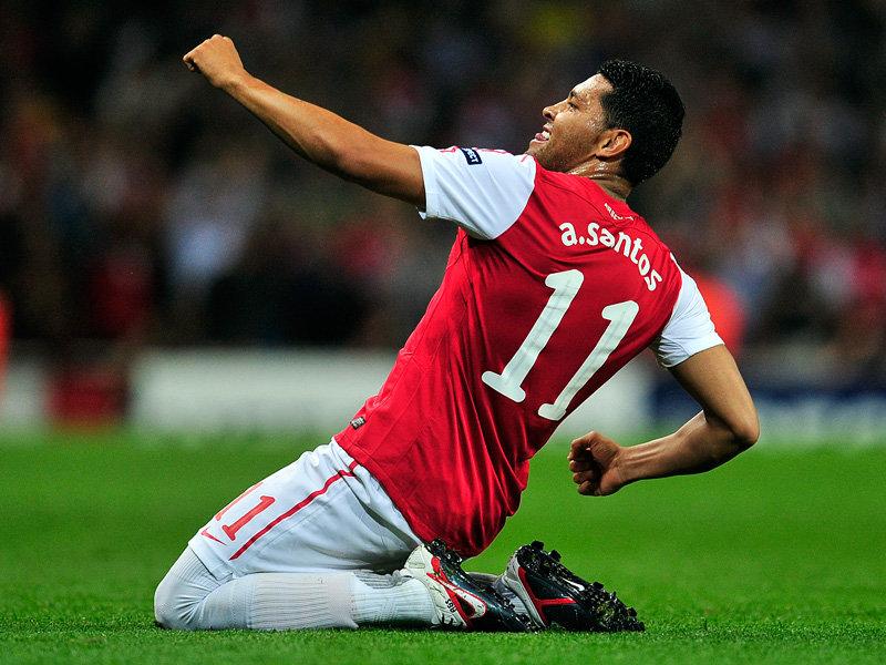 Andre-Santos-Arsenal-Champions-League2_2658500