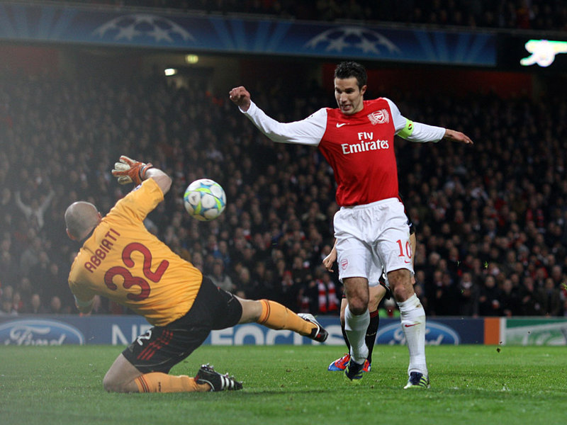 Arsenal-v-AC-Milan-Robin-van-Persie-Christian_2729457