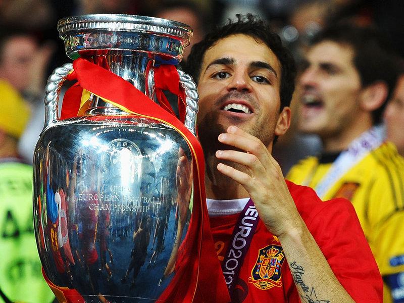 Cesc-Fabregas-Spain-Italy-Trophy-Celebrations_2788627