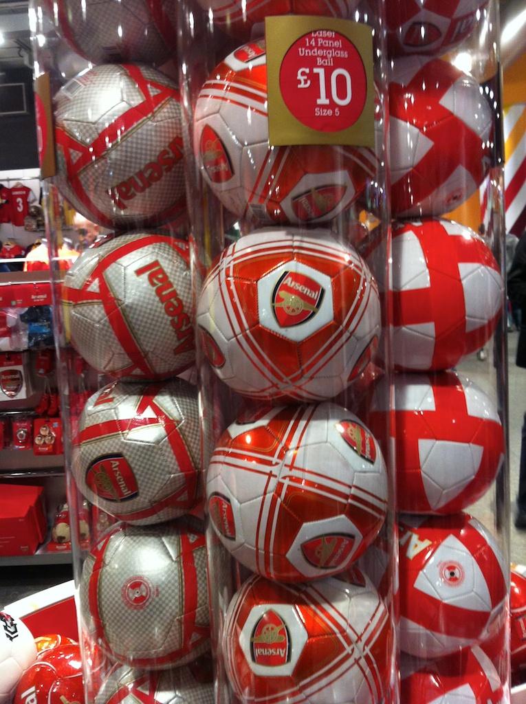 England 10