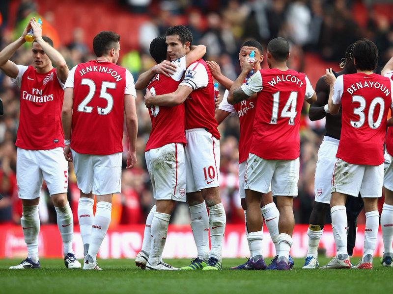 Arsenal-v-Tottenham-Gunners-celebrate_2724509